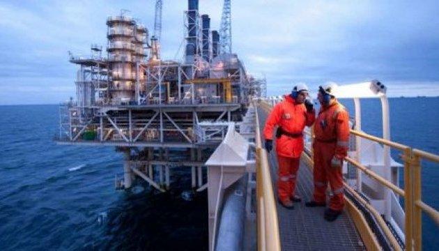 В Азербайджані обвалилася нафтова естакада: зникли 10 людей