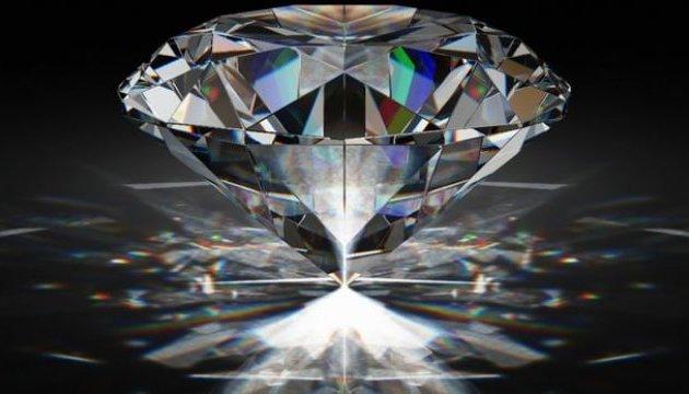Штучні алмази можуть перетворювати ядерні відходи на джерело енергії
