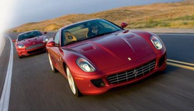 Ferrari і Aston Martin оштрафують за високі викиди