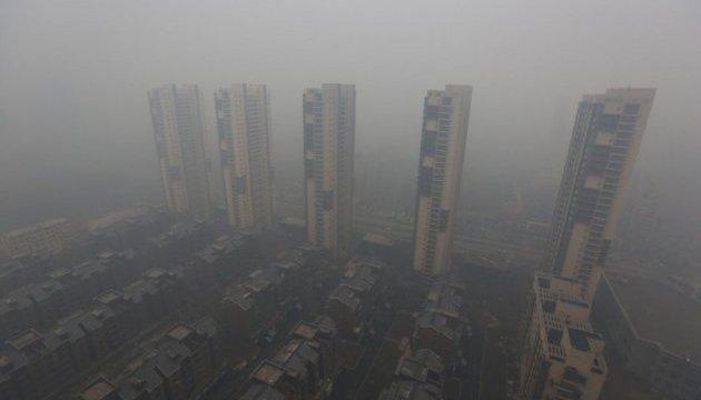 У Пекіні через смог створять екополіцію