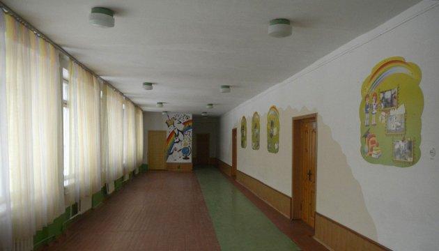 Из-за непогоды занятия в школах Одессы отменили до 1 марта