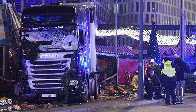 ІДІЛ взяла на себе відповідальність за теракт у Берліні - ЗМІ