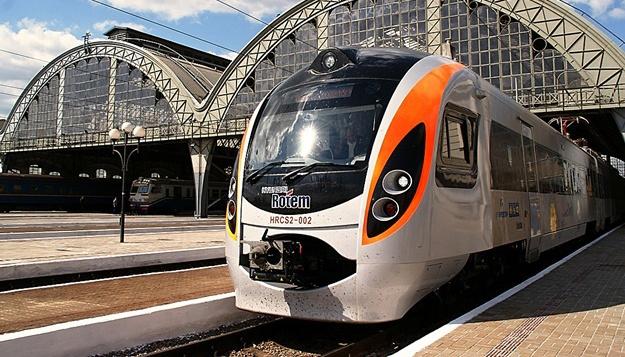 У Рівному депутати попросили Бальчуна пустити поїзд Інтерсiті до Любліна
