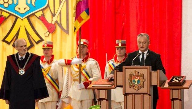 Молдавські ліберали готують імпічмент Додону