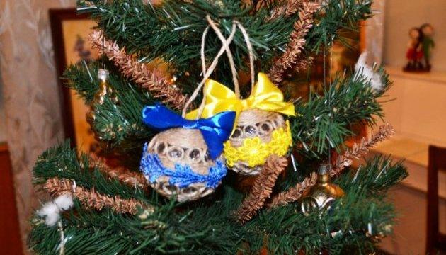 Головну ялинку США прикрасять українськими іграшками