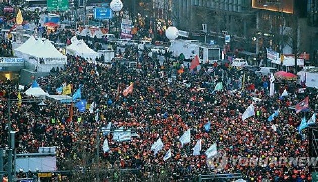 У Сеулі мітингувати проти президента вийшли близько 250 тисяч осіб