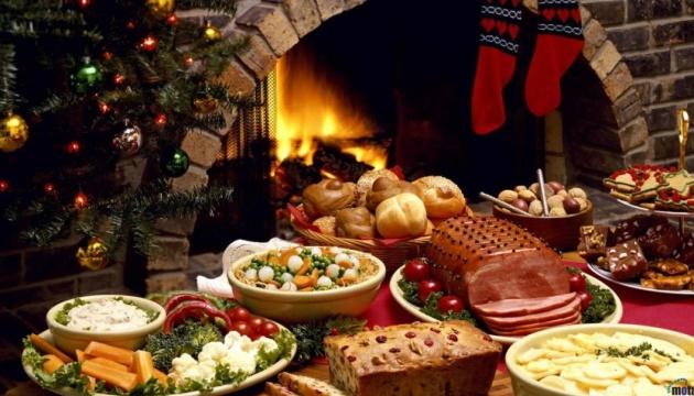 Олів'є, шуба та делікатеси - у скільки обійдеться новорічний стіл