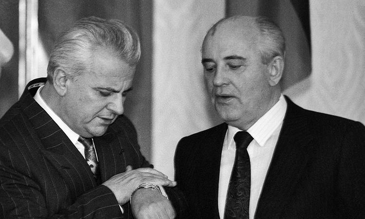 Леонід Кравчук та Михайло Горбачов