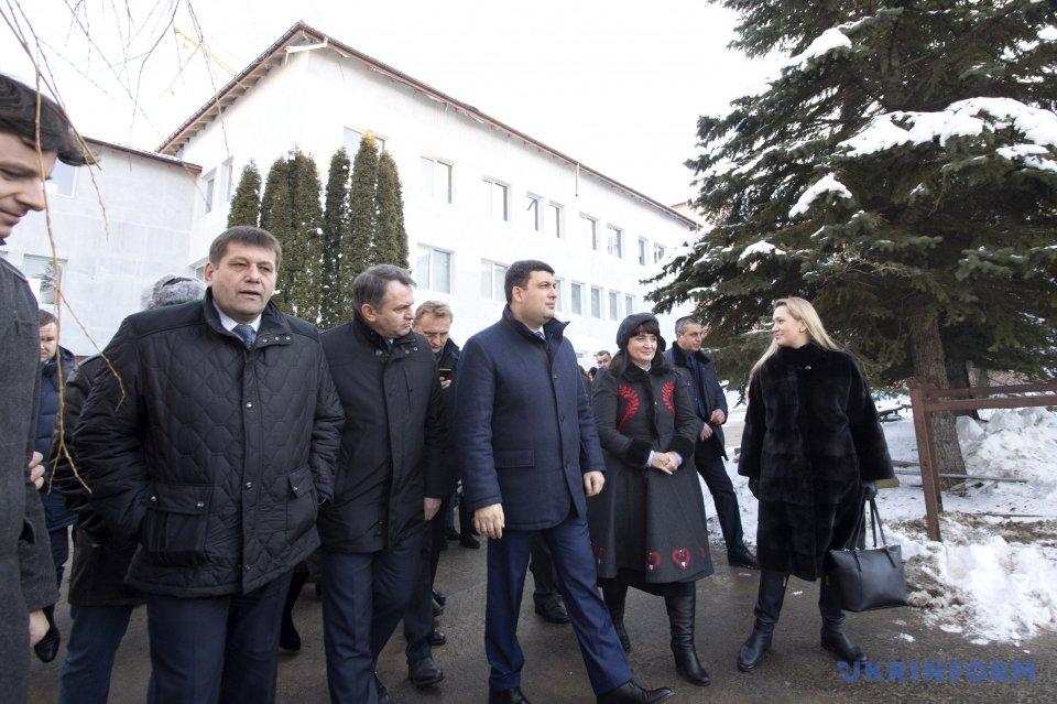Владимир Гройсман, Олег Синютка, Владимир Кистион (справа налево)