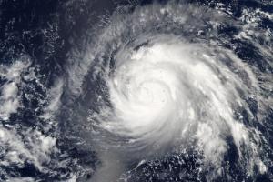 В Индии бушует циклон Тауктае - есть погибшие и пропавшие без вести