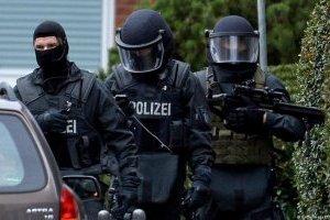 У Німеччині затримали банду іноземців, що грабувала вантажівки