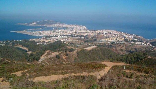 В Іспанію з Марокко прорвалися ще 350 нелегалів