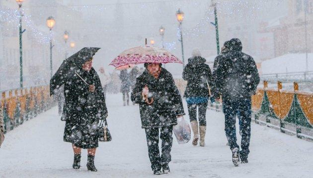 Українців попереджають про снігопади та хуртовини