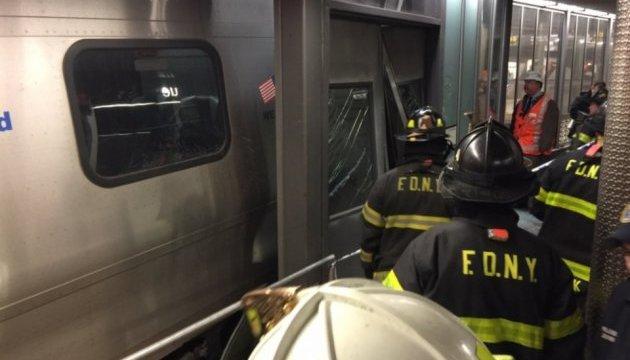 У мережі з'явилися кадри з місця аварії поїзда у Нью-Йорку