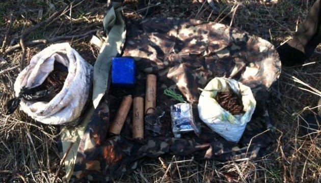 Під Одесою знайшли схрон із боєприпасами
