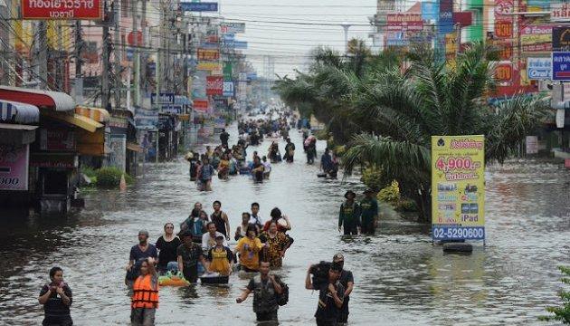 Наводнения в Таиланде: уже 18 жертв, 700 тысяч пострадавших