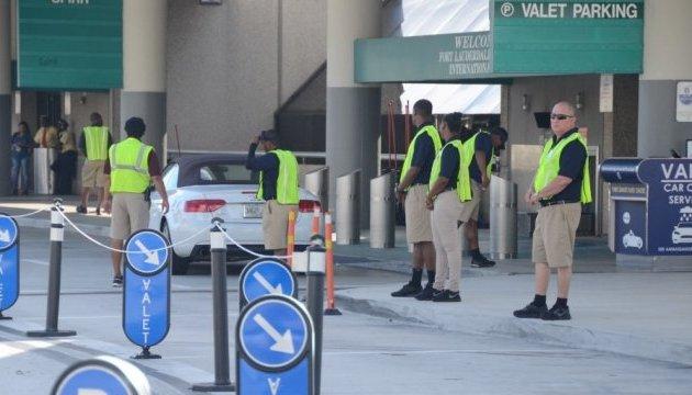 Аеропорт у Флориді знову працює після стрілянини