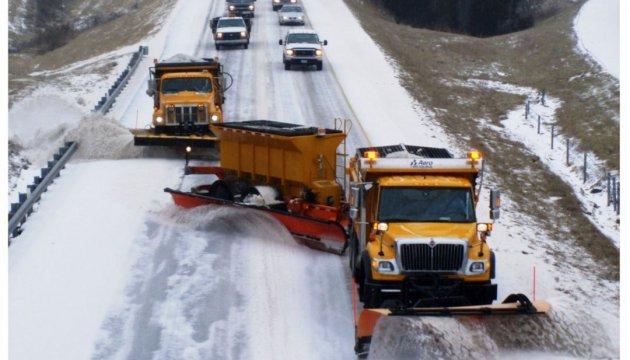 На Прикарпатье из-за непогоды ограничили движение грузовиков