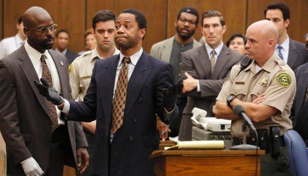 Лучшим минисериалом по версии «Золотого глобуса» стала «Американская история преступлений»