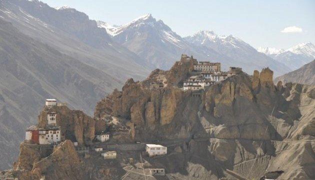 Китай построит в горах Тибета детектор гравитационных волн