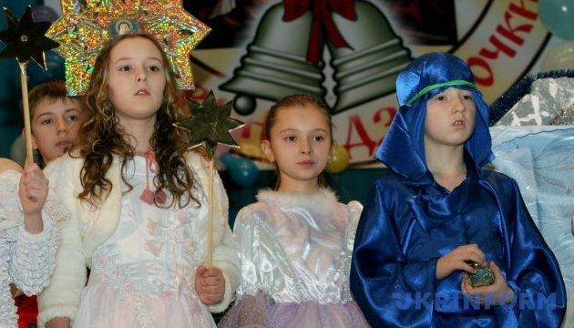 В Виннице проходит юбилейный фестиваль колядок «Рождественские колокольчики»