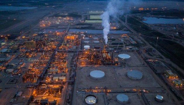 Канаде следует отказаться от разработки нефтяных песков – премьер-министр