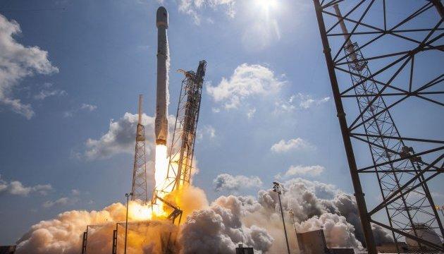 SpaceX перед повторним запуском провів вогневі випробування Falcon 9