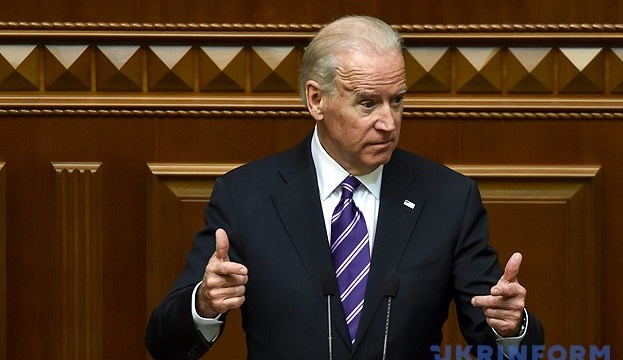 Biden says he had urged Yanukovych to flee Ukraine