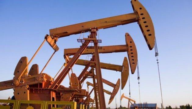 Зростання видобутку в США «обвалює» нафту