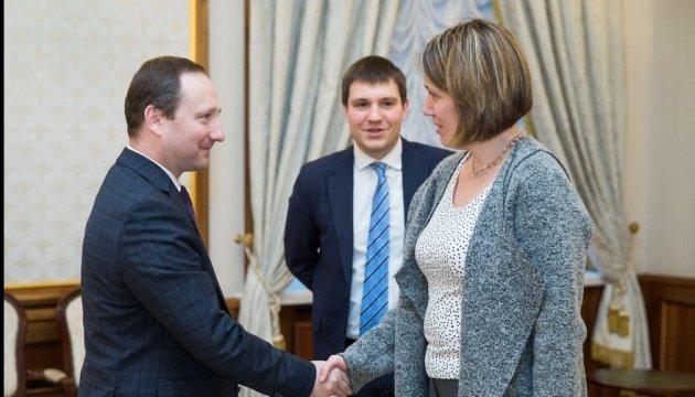 Райнін обговорив із британським послом продовження санцій щодо РФ