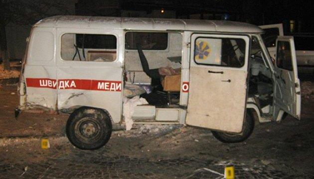 У Кам'янці-Подільському Mercedes протаранив «швидку». Водій втік