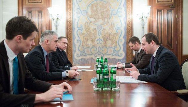Безвіз для України має бути якнайшвидше – посол Німеччини