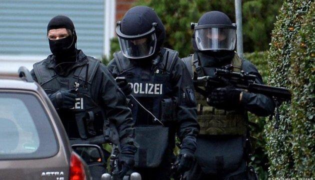 В Германии задержали банду иностранцев, грабившую грузовики