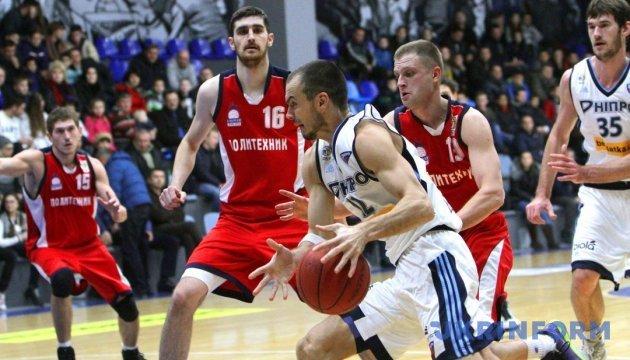 Суперлига Пари-Матч: украинский баскетбол возвращает класс и зрителя