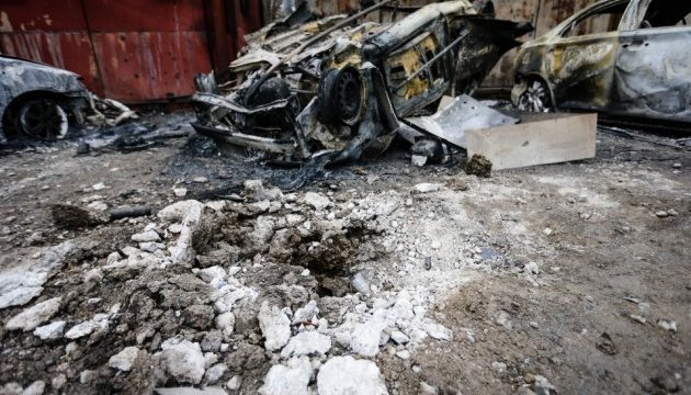 В Україні згадують загиблих під час обстрілу мікрорайону