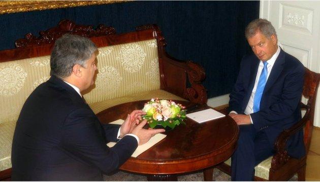 Порошенко проводит встречу «тет-а-тет» с президентом Финляндии