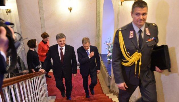 Україна і Фінляндія пов'язані досвідом протистояння зовнішньому агресору - Порошенко