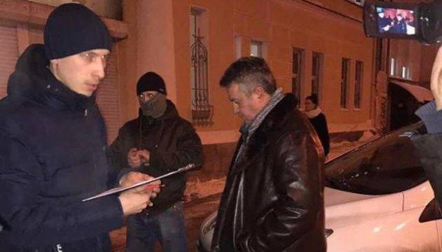 Судью Головатюка, которого поймали на взятке, отстранили от должности
