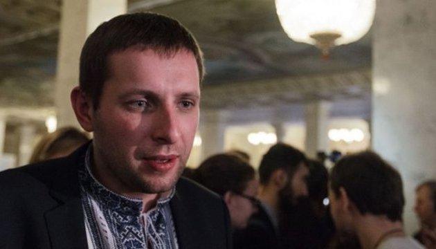 Протесты под Кабмином: Парасюк говорит, что не смог встретиться с Гройсманом