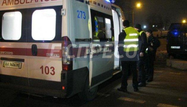 У Києві п'яний водій наїхав на співробітницю поліції