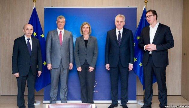 Лидеры Сербии и Косово договорились о диалоге