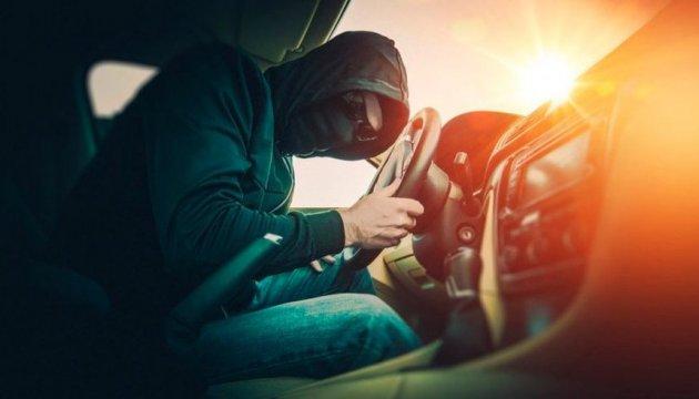 Нацполіція викрила злочинне угруповання – «монополіста» у сфері угонів авто в Україні