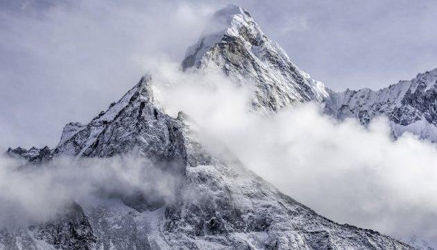 В Кашмире от схода лавин погибли 14 человек