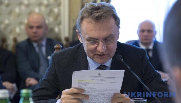 Мер Львова виступає проти здорожчання проїзду в маршрутках