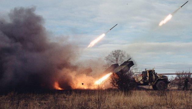 Наступ на Авдіївку: бій тривав 7 годин, бойовиків підтримували танки РФ