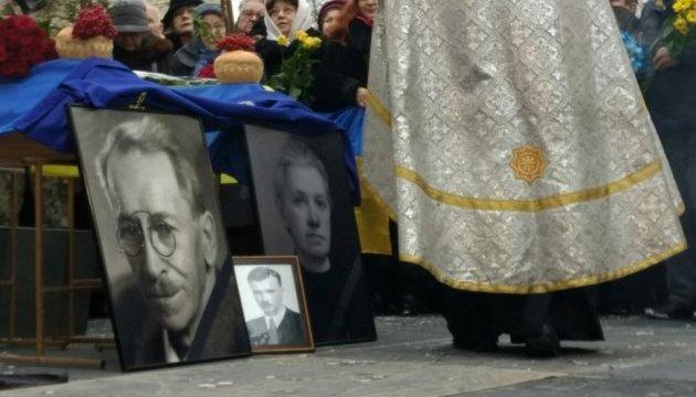 Чешский дипломат: Мы очень уважаем Александра Олеся