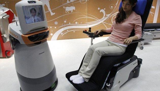 В японских аэропортах устанавливают роботов-помощников