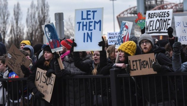 Канадские университеты призывают Трампа отменить новые миграционные запреты
