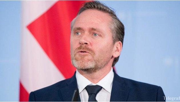 Глава МИД Дании прибывает в Украину
