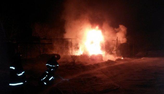 На Харьковщине горел нефтеперерабатывающий завод
